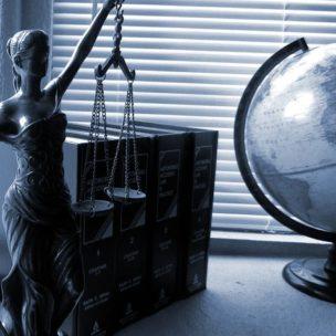 lady-justice-2388500__480 - PIXABAY